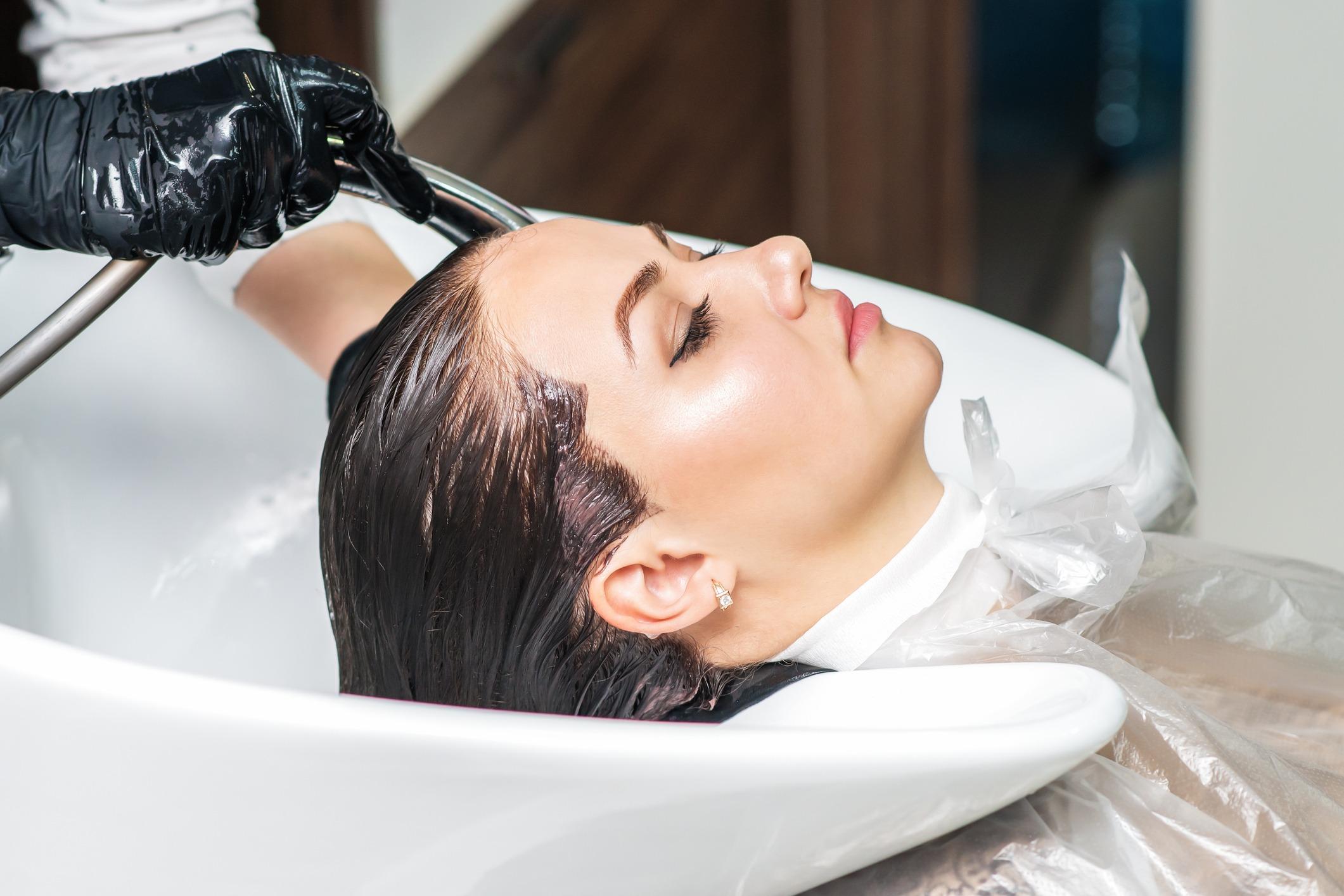 Περιποίηση και θεραπεία μαλλιών από το VASAL Beauty Salon