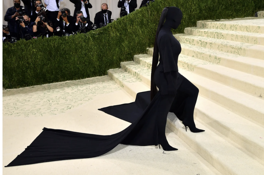 Kim Kardashian-vasal